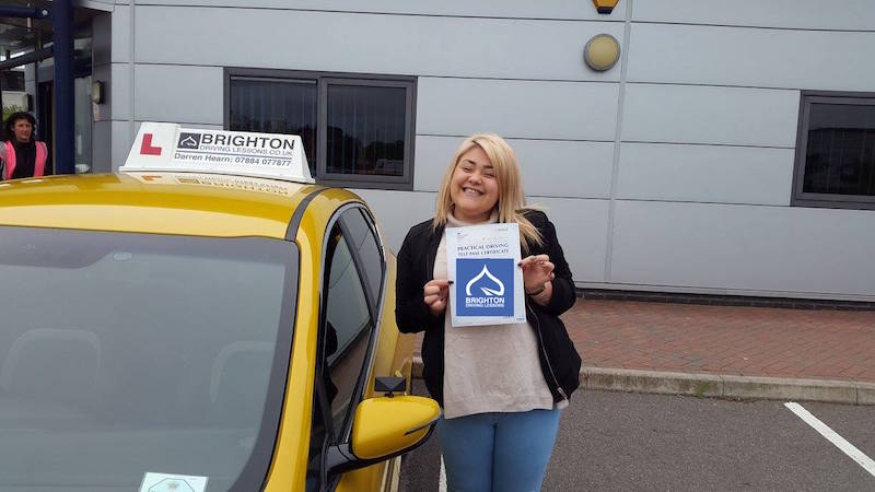 Laura passes driving test with Brighton Driving Lessons