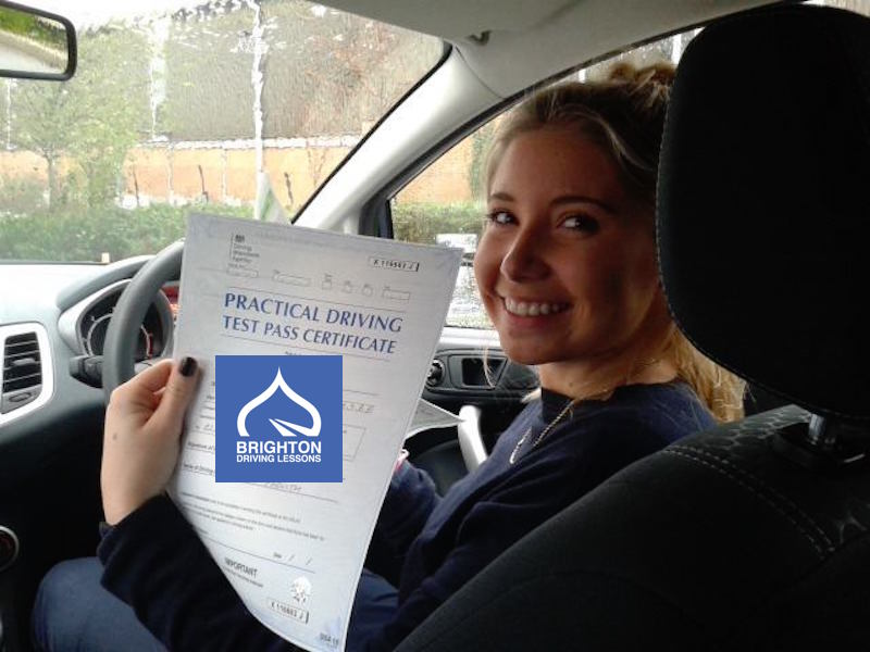 Leanne passes driving test with Brighton Driving Lessons