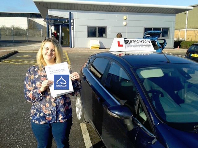 Lucy passes driving test with Brighton Driving Lessons