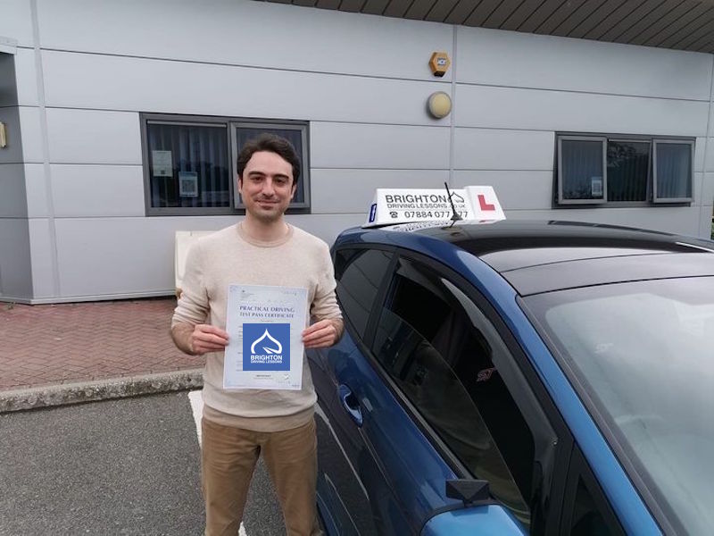 Mohammad passes driving test with Brighton driving Lessons