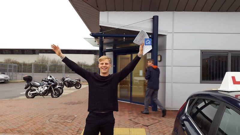 Steve passes test with Brighton Driving Lessons